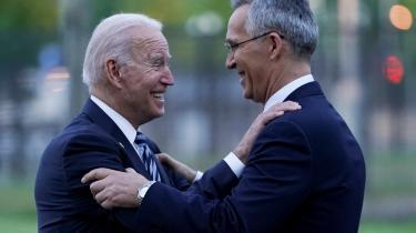 Årets NATO-møde har været præget af en forsonende stemning, hvor ikke mindst generalsekretær Jens Stoltenberg havde svært ved at skjule sin optimisme i mødet med den amerikaske præsident Joe Biden, hvilket står i skarp kontrast til det anstrengte topmøde med Donald Trump i 2018.