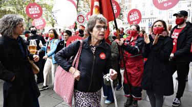 Formand for Dansk Sygeplejeråd Grete Christensen ankommer til Forligsinstitutionen i København, efter sygeplejerskerne stemte med et snævert nej til et overenskomstforlig. Siden er faggruppen gået i regulær strejke.