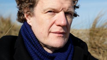 Informations litteraturredaktør, Peter Nielsen, der har været på avisen siden 2004, siger, at hele denne debat om forfattervilkår har givet ham anledning til at se tilbage.