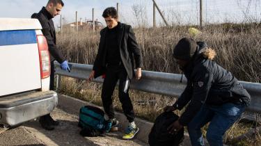 Emigranter ved grænsen til Grækenland.