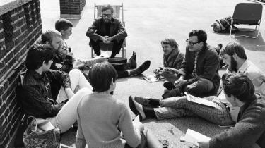 Psykologistuderende fra Københavns Universitet holder laboratorie besat i protest mod forældede undervisningsformer og manglende indflydelse. Universiteternes unge aktivister var i 70'erne med til at skabe det samfund, vi har i dag, skriver Kjeld Høgsbro i denne kronik.