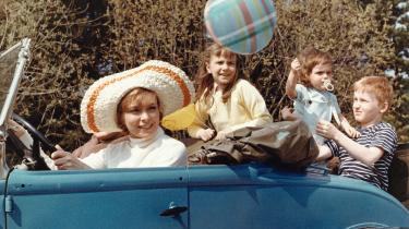 Bog om bilens historie er velskrevet, vittig og en æstetisk fornøjelse
