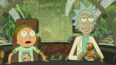 I tegnefilmsserien 'Rick & Morty' slæbes 14-årige Morty mere eller mindre frivilligt med på sin Morfar Ricks eventyr. Når han ikke er fanget i liderlighed og hormonstorme, fungerer han som den naivt-moralske modstemme til Ricks eskapader. Igen og igen får han kvababbelser over sin morfars demonstrative kynisme, igen og igen traumatiseres han af deres oplevelser.