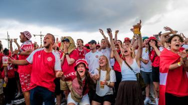 Fodboldlandsholdet har med deres bedrifter ved EM forløst den danske befolknings trang til at feste og skramme hinanden efter mere end et år med corona-nedlukning.
