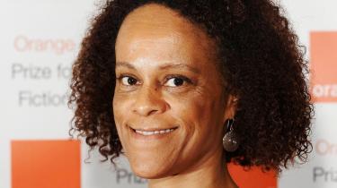 Britisk-nigerianske Bernardine Evaristo har skrevet romanen 'Pige, kvinde, andet'.