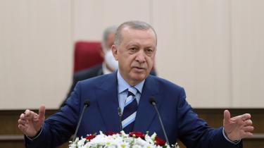 Tyrkiets præsident Erdogans håndtering af coronapandemien har skabt mistro til myndighederne, som betyder, at modstanden mod vaccination er øget, specielt i de mindre udviklede østlige provinser.