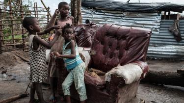 Den Internationale Arbejdsorganisation, ILO, skønner, at COVID-19 har kostet 255 millioner job. Samtidig er omfanget af børnearbejde vokset til 160 millioner børn. Der er brug for handling nu, hvis vi skal indfri FN's verdensmål, skriver repræsentanter fra 3F og Fagbevægelsens Hovedorganisation i dette debatindlæg