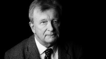 Erik Skyum-Nielsen giver sit bidrag til en nødvendig ny og engageret samtale med ældre litteratur ved at genlæse en række klassiske naturdigte i bogen 'En særlig del af naturen'