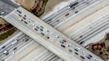 Efter måneders tovtrækkeri i Kongressen nåede en koalition af demokratiske og republikanske senatorer onsdag til enighed om en finansieringsplan for USA's infrastruktur.