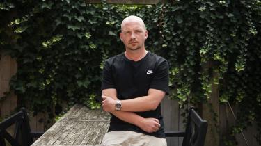 Forfatteren Morten Pape er flere gange blevet inviteret af kokken Claus Meyer til at deltage som panelist ved et arrangement i Meyers-regi på Madens Folkemøde. Men han ville ikke få honorar for det.