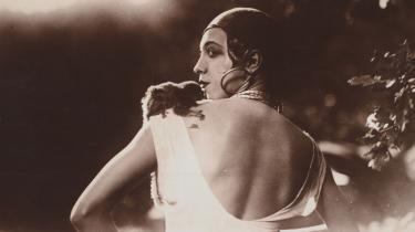 Den amerikanske sanger og danser Josepine Baker følte sig først befriet fra racismen, da hun flyttede til Frankrig.