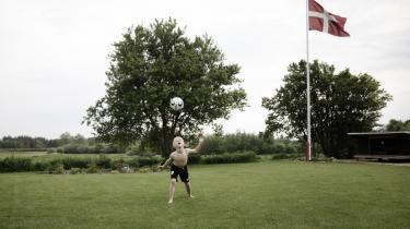 I Borris i Ringkøbing-Skjern kommune er der plads til at børnene selv kan cirkulere, mener Jonas Hofmann der er tilflytter fra Randers.