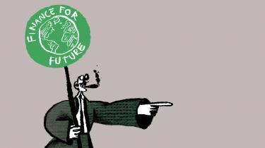 15 år efter finanskrisen og Wall Streets moralske kollaps, er »bæredygtighed«, »ansvar« og »klimavenlig« modeord i finanseliten. De grønne investeringer eksploderer, og prominente finansfolk taler om en verdenshistorisk investeringsmulighed
