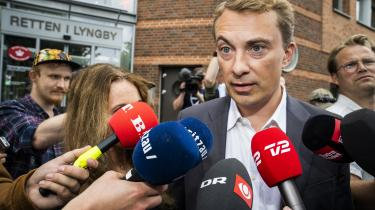 En enig domsmandsret i Lyngby idømte fredag Dansk Folkepartis næstformand Morten Messerschmidt seks måneders fængsel for EU-svig og dokumentfalsk.