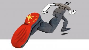 Kinas produktions- og markedsmagt er så stor, at en totalboykot er umulig – til gengæld kan vi stræbe efter at boykotte de selskaber, hvis aktiviteter og produktion har en påviselig sammenhæng med menneskerettighedsovergreb