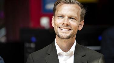 Med støttepartierne vil beskæftigelses- og ligestillingsminister Peter Hummelgaard gøre det muligt for regnbuefamilie, at op til fire forældre kan tage del i orloven med børnene.