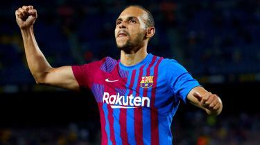 Martin Braithwaite i jubel efter at have scoret til 3-0 mod Real Sociedad i Camp Nou, Barcelona, Spanien den 15. august 2021.