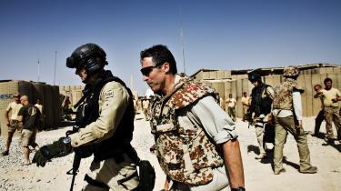 Daværende statsminister Anders Fogh Rasmussen (V) på besøg i Armadillo-lejren i Afghanistan i 2008.