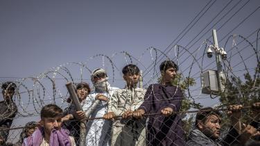 Mandag søgte mange til Kabul Lufthavn i håb om at komme ud af landet.