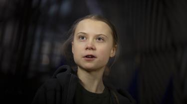 Der er opstået debat, efter at den notorisk radikale klimaaktivist, 18-årige Greta Thunberg, tidligere denne måned pludselig optrådte på forsiden af et af modebranchens største magasiner, Vogue.