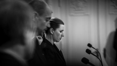 Statsminister Mette Frederiksen (S) holder pressemøde om COVID-19 i Spejlsalen i Statsministeriet tirsdag den 17. marts 2020 inden den første nedlukning.