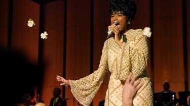 I rollen som Aretha Franklin formår Jennifer Hudson både at synge, spille oginkarnere den stenhårde fighter, der endelig gør op med de undertrykkende mænd i sit liv i 'Respect'.