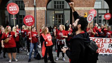 Selv om der fortsat er lang vej for at opnå ligeløn, har sygeplejerskerne med strejken taget et vigtigt skridt på vejen. De har nemlig fået sat ligeløn og tjenestemandsreformen på dagsordenen, mener eksperter.