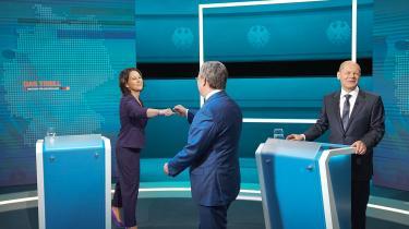 For første gang i Tysklands historie er derikke tale om en kamp mellem to kanslerkandidater,men mellem hele tre kandidater.