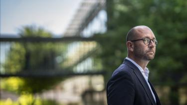 Minister for fødevarer, landbrug og fiskeri Rasmus Prehn vil gerne have både Venstre og De Konservative med i en bred aftale om landbrugets CO2-reduktion.