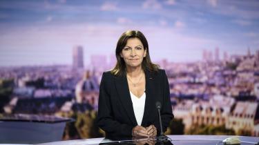 Paris-borgmesteren Anne Hildago annoncerede søndag, at hun vil udfordre præsident Macron ved præsidentvalget næste år.