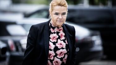 Det var mandag Inger Støjbergs tur til at tage plads i stolen foran rigsrettens 26 dommere i Eigtveds Pakhus i København. Og noget kunne tyde på, at hun er ved at justere sin hidtidige forklaring.