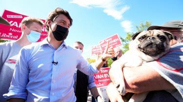 Canadas premierminister, Justin Trudeau, håber at vinde nok opbakning fra de canadiske vælgere til at omdanne sin mindretalsregering til en flertalsregering ved mandagens parlamentsvalg. Ligesom under det seneste parlamentsvalg i 2019 har klimapolitik indtaget en prominent plads i dette års valgkamp.