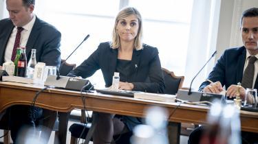 Forsvarsminister Trine Bramsen (S) under samrådet i folketingets forsvarsudvalg om hendes ophold på Ærø, mens Kabul faldt.