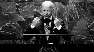 USA's præsident gled behændigt uden om sine kvaler med Frankrig og EU, da han tirsdag for første gang talte i FN. I modstrid med sin håndtering af tilbagetrækningen fra Afghanistan og affæren om den franske ubådsordre lovede han allierede og partnere et tæt samarbejde