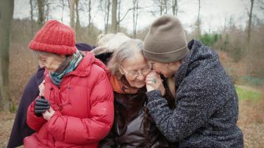 Den nye danske dokumentarfilm 'Det er ikke slut endnu' handler om demensplejehjemmet Dagmarsminde.