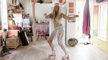 40-årige Tanja Zabell har boet på Christiania i 15 år. Først i skurvognen Det Røde Slot og senere i huset Svanistan.
