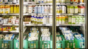 14 procent af verdens madspild sker i transporten, og det forventes, at vi kan reducere udledningen af drivhusgasser i fødevaresektoren med 25 procent, hvis vi inkluderer håndteringen af madspild i vores klimaplaner. Men det gør politikerne ikke, skriver kandidatstuderende Emil Samuelsen i dette læserbrev