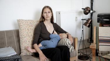 Da Karolina Bro Næss skrev et debatindlæg i Information om, hvor meget skjult arbejde kvinder og mødre udfører, og hvor lidt dette arbejde værdsættes, udløste det en lang række kommentarer på Informations facebookside. Og det tyder på en ubalance i vores kollektive fortælling om graviditet og fødsel, når kvinders personlige beretninger om oplevelser i moderskabet skaber så stærke reaktioner, skriver dagens kronikør.