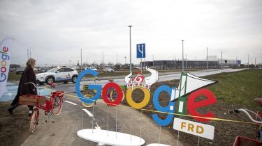 Google har allerede åbnet et datacenter i Fredericia, men nu har techgiganten købt endnu mere jord, og det vækker glæde hos kommunens borgmester.