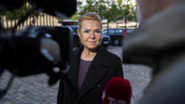 Inger Støjbergs version af, hvad der skete tilbage i begyndelsen af 2016, da hun ville adskille asylpar, blev belastet af forklaring fra konotrchef Jesper Gori i rigsretten tirsdag.