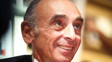 63-årige Éric Zemmour har siden sommerens afslutning positioneret sig som kandidat ved det franske præsidentvalg på basis af hyppige tv-optrædener og falske påstande om muslimer, kvinder og fransk historie.