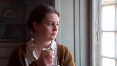 Dokumentarinstruktøren Anna Martensen gør i 'Oprør på Akademiet' et hæderligt forsøg på at bringe to positioner i den samtidige debat om kunst og antiracisme i tale med hinanden.
