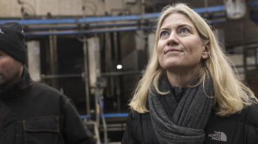 Direktør i Landbrug & Fødevarer Anne Arhnung har sagt op i protest mod, at nogle mænd ikke har kunnet tage sig sammen og fyre en kønsfælle. Hver gang en ny #MeToo-sag dukker op, bliver jeg forbløffet – over kvindernes magt til at handle, skriver journalist Karen Syberg i denne klumme