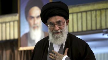 Den iranske øverste leder, ayatollah Khamenei, står i spidsen for et selskab, der er mere end 500 mia. kr værd, viser en undersøgelse Reuters har foretaget over seks måneder