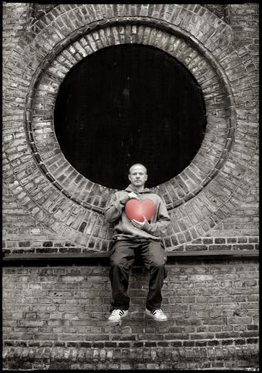 Anders Matthesens komedie -Anden på coke- var så populær blandt det unge publikum, at den støvsugede alle subsidierede teaterbilletter i København.