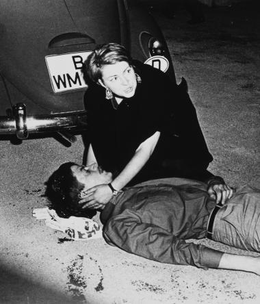 Den 27-årige Benno Ohnesorg blev skudt under en demonstration mod den iranske shahs besøg i Berlin i 1967. Nu viser det sig, at betjenten, der affyrede det dræbende skud, var Stasi-agent.