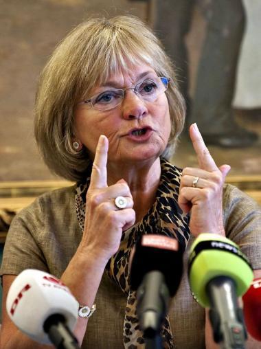Dansk Folkeparti fik sat et stort fingeraftryk på regeringens genopretningsplan. Blandet andet fik de beskåret ulandshjælpen og sat en øvre grænse på 30.000 for børnepenge.