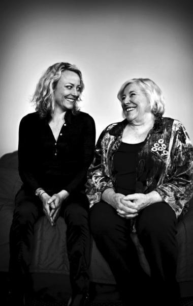 Maise Njor får i sin nyeste e-mail-bog gode råd fra en bedstemor med slag i