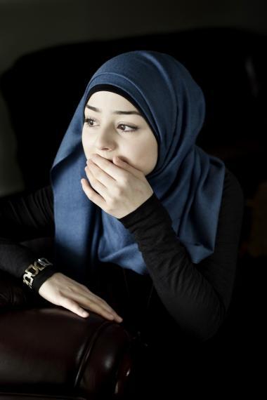Mariam El Sadek har boet i Århus det meste af sit liv, og i december 2008 henvendte hun sig til politiet i Århus for at søge om dansk statsborgerskab. Det har hun krav på i henhold til en FN-konvention fra 1961 om statsløshed.  Men da ministeriet et halvt år senere var færdig med sagsbehandlingen, blev resultatet et afslag