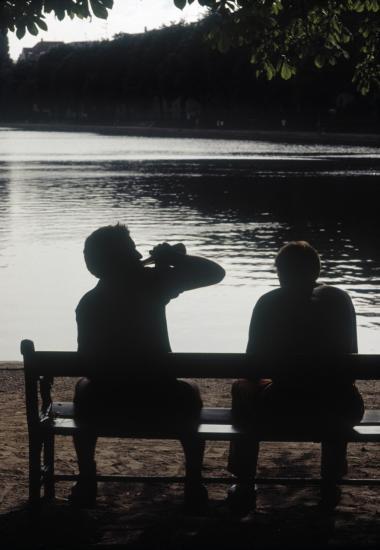 kortere mand højere kvinde dating guide til dating den mørke side
